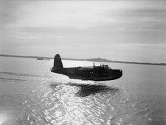 """ Short Sunderland taking off from the water, Egypt (1941/43) """