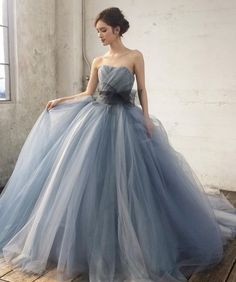 Pin [eo] by Ultimate Gamer on Gowns in 2019 Luxury Wedding Dress, Wedding Dress Styles, Wedding Gowns, Stunning Dresses, Beautiful Gowns, Pretty Dresses, Party Wear Dresses, Bridal Dresses, Dress Outfits