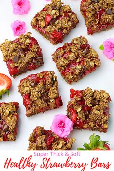 Thick and chewy Strawberry Oatmeal Bars made with wholesome ingredients. No oil, no butter, no refined sugar and these are gluten free too! #greedyeatsblog #strawberrybars #healthybars #breakfastbars #oatssquares #strawberryoatssquares #healthydesserts #strawberryrecipes #easybarsrecipe #strawberryrecipes Strawberry Icebox Cake, Strawberry Oatmeal Bars, Strawberry Bread, Strawberry Recipes, Desserts For A Crowd, Best Dessert Recipes, Vegan Recipes Easy, Fun Desserts, Brunch Recipes