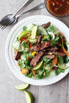 Thai Beef Salad with Tamarind Sauce / Fanni & Kaneli