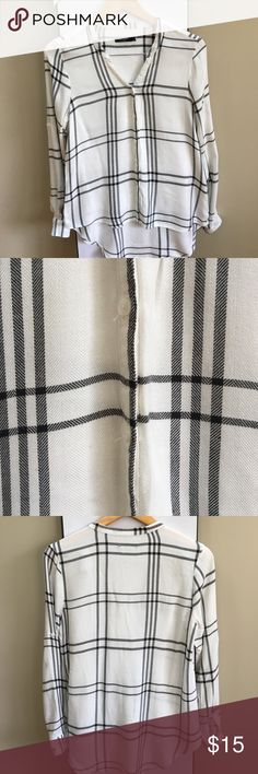 NWOT Max Jeans black and white plaid top small NWOT. Max Jeans black and white plaid top. Size small. Smoke free home. Offers welcomed. 🙂👍🏻 Max Jeans Tops Button Down Shirts