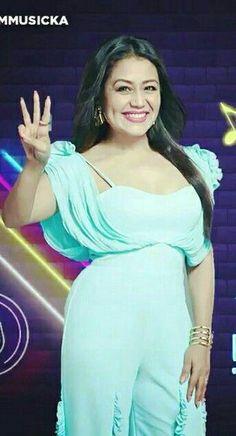 Indian Bollywood, Bollywood Fashion, Neha Kakkar Dresses, Varun Tej, Indian Idol, Sai Baba, Queen, Celebs, Celebrities