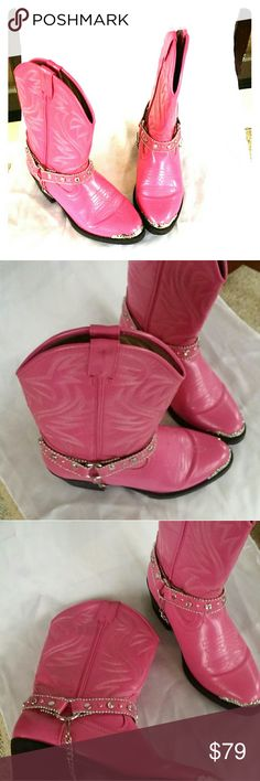 LOOK@@.GIRLS WESTERN BOOTS WITH BLING.Just listed Made by Austin Trading..Co. well made. Beautiful pink color. Perfect for the cowgirl. Look new. Austin  Trading Co Shoes