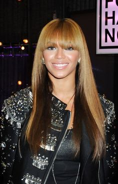 2013 Long Straight Ombre Hair: Beyonce Knowles Ombre Hair with Blunt Bangs.....my next hair style