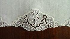 Advanced Embroidery Designs - Primrose Lace Table Set