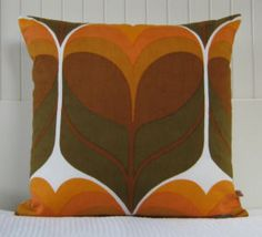 70s pillow design