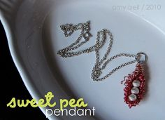 Sweet pea pendant made from color craft wire