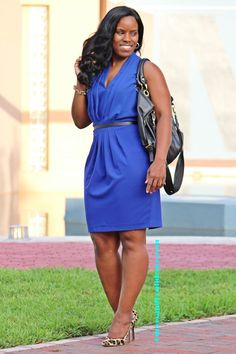 Curves and Confidence | How to wear leopard to work | @hm | Cobalt Blue Dress |