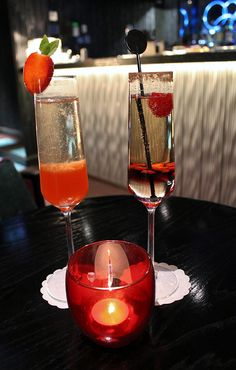 What better way is there to impress your Valentine than with Champagne Cocktails! #ValentinesDay #Love #ChampagneCocktails