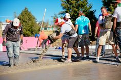 Vivint Gives Back volunteers went to Mexico to update the Tlaxcala Institute for People with Disabilities. From cement to wire, Styrofoam to landscaping, the new center was built from the ground up.