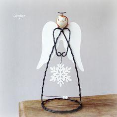 Andělka s vločkou - dřevěná křídla