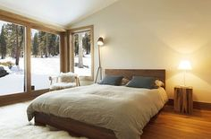 10 Rustic and Modern Wooden Bed Frames for a Stylish Bedroom : Cozy Mountain Like Bedroom Design With Wooden Floor White Rug And Rustic Wood. Rustic Wooden Bed, Modern Wooden Bed, Wooden Bedroom, Wooden Bed Frames, Rustic Bedrooms, Rustic Modern, White Bedrooms, Modern Bedrooms, Scandinavian Bedroom Decor