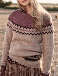 Boho Plus Size Long Sleeve Geometric Printed Casual Sweater Boho Plus Size, Icelandic Sweaters, Geometric Sleeve, Sweater Shop, Casual Sweaters, Chic Dress, Unique Fashion, Fashion Prints, Types Of Sleeves