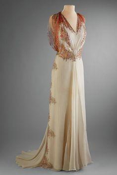 Afternoon Dress detail, Bergdorf Goodman, New York, 1933-35, Printed chiffon.