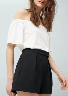This outfit  Side pockets shorts and Bardot top from Mango
