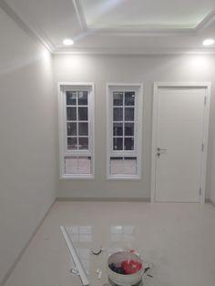 Home Decor Furniture, Interior Ideas, Dan, Kitchen Cabinets, House Design, Windows, Cabinets, Architecture Design, Home Decor Ideas