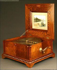 Caja de Música Polyphon de 156 púas, 78 notas dobles