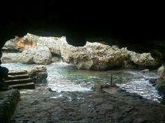 SA cova dels pardals. Menorca