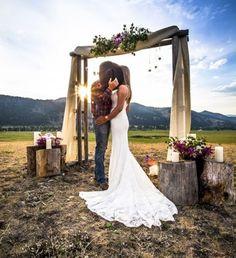 Gorgeous vow renewal dress country wedding ideas 34