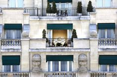 Prince de Galles  Paris  Used to stay in these beautiful rooms!