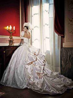 4adcfeed0 21 najlepších obrázkov na tému Exkluzívne svadobné šaty | Alon livne ...