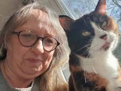 Cats Protection Tool Helps Owners Create a Cat CV to Impress Potential Landlords Cats Protection has created an online tool for cat owners that it hopes will help persuade more landlords to allow their tenants to have a cat. The Cat CV has been created after it was estimated that one million households across the UK would like to have a cat, but can't due to the fact […] #Cat, #Cats, #Katze, #Katzen, #Katzenworld, #Pets, #ねこ, #猫 #Charity, #Mews