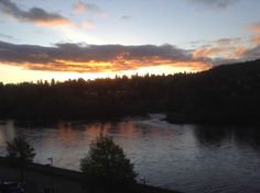 5.15am. Golden sunrise over the River Tay, Perth city center