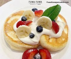First Soufflé Pancake Shop from Tokyo to open in Toronto. Handcrafted Pancakes originated from Japan. Fuwa Fuwa means fluffy fluffy in Japanese and that is the feeling you'll get when having our pancakes. Strawberry Pancakes, Strawberry Cheesecake, Blueberries, Strawberries, Pancake Shop, Fuwa Fuwa, Souffle Pancakes, Japanese Pancake, Fluffy Pancakes