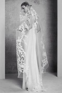 A nova coleção para noivas de Elie Saab