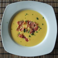 Kartoffelcremesuppe aus der Sansibar potato bisque-of-the-Zanzibar. Tip: Serve together with the apple pie from Zanzibar! Easy Cooking, Healthy Cooking, Cooking Tips, Cooking Recipes, Cream Of Potato Soup, Cream Soup, Cooking For Beginners, Christmas Cooking, Morning Food