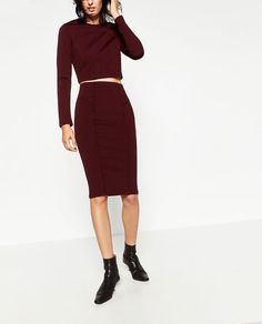 SLIM FIT SKIRT - Available in more colours
