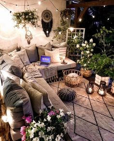 10 Insanely Cool Rooms That Started With a Bohemian Rug balcony decor ideas, boho balcony, indoor plants Cosy Sofa, Design Jardin, Home Improvement Loans, Backyard Patio Designs, Backyard Decks, Outdoor Furniture Sets, Outdoor Decor, Cool Rooms, Decorating Your Home