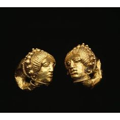 Pair of Etruscan earrings with female heads | Mid-5th century BCE