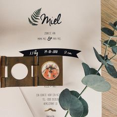 Made by www.elleetmoi.net Botanical birthcard Miel  #decollectieelleetmoi #elleetmoidesign #birthannouncement #birthcard #geboortekaartjes