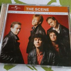 Now playing CD The Universal Masters Collection - The Scene (Universal music, 2003, compilation) Dutch language rockband, frontman Thé Lau (1952-2015) died on June 23rd this year after he was suffering from cancer. #RIPThéLau Blauw - Iedereen is van de wereld ❤