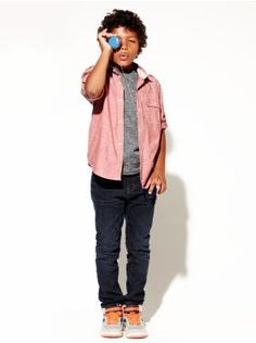 Chambray Shirt, Burnout Crewneck T, Jeans (not skinny jeans though)