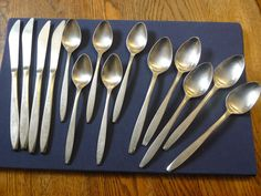 Ecko Eterna Corsair Stainless Japan 5 small spoons 5 large spoons 4 knives
