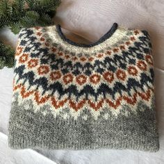 Fair Isle Knitting Patterns, Knitting Designs, Nordic Sweater, Knitted Hats, Knit Crochet, Wool, Crocheting, Sweaters, Instagram