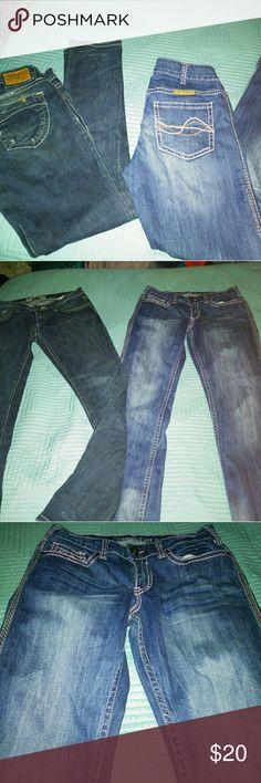 BUNDLE DEAL! 2 pr ladies jeans 2 pr ladies jeans  ROBIN'S JEAN COWGIRL TUFF CO. Wildflower   Both size 29 waist 30 length  EUC  $16 for bundle Cowgirl Tuff Co. Jeans