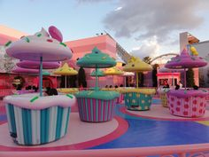 Hello Kitty's Cupcakes attraction at USJ