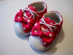 Baby Girl Bow Crib Shoes 6-12 months...so cute!