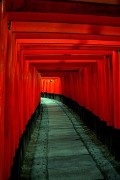 Red Pillar Tunnel, Fushimi Inari Shrine, Kyoto, Japan