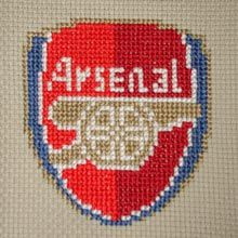 Arsenal Logo for my hubby Celtic Cross Stitch, Cross Stitch Love, Cross Stitch Alphabet, Cross Stitch Designs, Cross Stitch Patterns, Football Logo Design, Crochet Quilt, Perler Patterns, Back Stitch