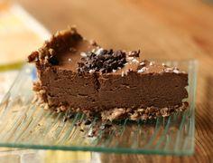 Chokoladekage uden ovn | Chokoladekage | kage | lagkage | desserter | pandekager opskrift | kageopskrifter | chokolade muffins | chokoladekage opskrift | fødselsdagskage | kage opskrift | chokolademuffins | cupcakes opskrift | nem chokoladekage | chokolade fondant | nem kage | blødende chokoladekage | kage opskrifter | sund kage | kagen kan bages uden ovn