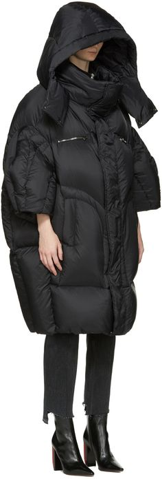 Chen Peng - Black Oversized Puffer Jacket