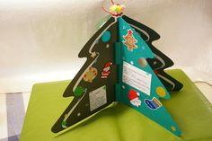 피아노힌지북 응용 크리스마스 트리로 만들어봤다. 세워두면 트리가 되고ㅠ접으면 책으로..