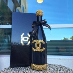 Coco Champagne by Chanel Birthday Party, Chanel Party, Bling Bottles, Liquor Bottles, Champagne Bottles, Coco Chanel, Chanel Bags, Chanel Handbags, Chanel Decor