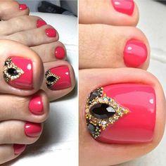 25 cute toe nail art designs - toenail art ideas polished in 2019 nagels,. Pretty Toe Nails, Cute Toe Nails, Gorgeous Nails, Pedicure Nail Art, Toe Nail Art, Gel Nails French, Feet Nails, Toenails, Toe Nail Designs