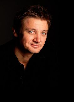 Jeremy Renner FansLA on
