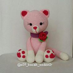 Amigurumi Gato para Imprimir e Pintar Crochet Baby Toys, Crochet Animals, Crochet Dolls, Crochet Yarn, Amigurumi Patterns, Amigurumi Doll, Crochet Patterns, Gato Crochet, Funny Toys
